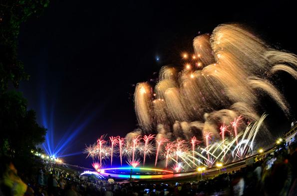 Ab dem 14. April feiert Taiwans Archipel Penghu das alljährliche Penghu Ocean Fireworks Festival
