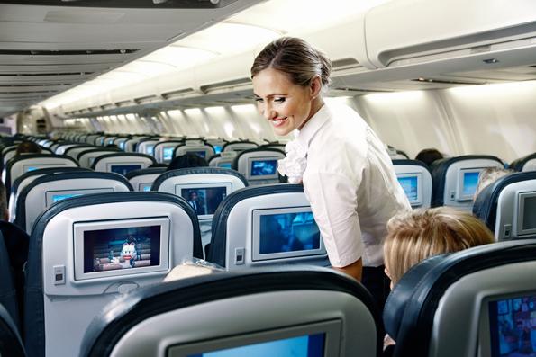 Bis Ende des Jahres sollen Gäste der Icelandair in allen Flugzeugen im Internet surfen können. Für Vielflieger, die im Besitz der Saga-Gold-Karte sind, ist die Nutzung des WLANs kostenlos. (Foto: Icelandair)