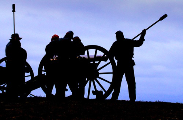 Mit nachgestellten Kriegsszenen wird die Erinnerung an den amerikanischen Bürgerkrieg anschaulich demonstriert. (Foto: Bill Russ)