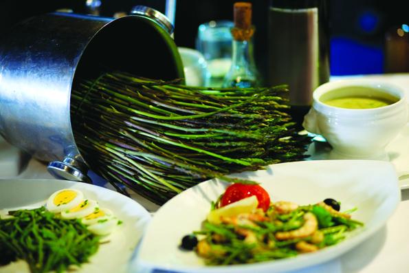 Der für Istrien so typische Wilde Spargel mit seiner zartbitteren Geschmacksnote prägt im Frühjahr landauf die Speisenkarten.