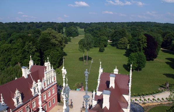Blick vom Schlossturm auf die herrliche Parklandschaft. (Foto Astrid Roscher)