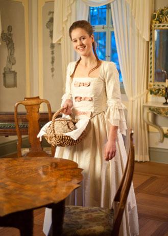 """Charlotte Buff """"höchstpersönlich"""" führt Besucher im Goethe-Jahr durch ihr Elternhaus. (Foto: djd)"""