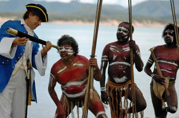 Beim Cooktown Discovery Festival wird die Entdeckung Australiens durch James Cook nachgespielt.