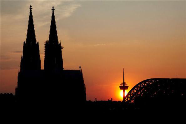 Der Kölner Dom, Wahrzeichen der Millionenmetropole am Rhein, ist seit 1996 Weltkulturerbe der UNESCO. (Foto: Dieter Jacobi)