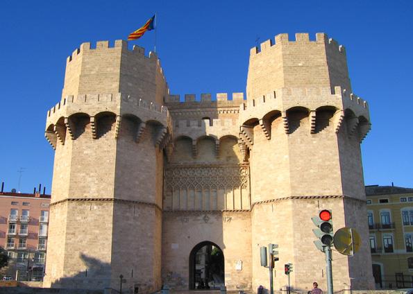 Einer vielen stummen Zeugen der langen, langen Geschichte Valencias: Das  Torres de Serrans-
