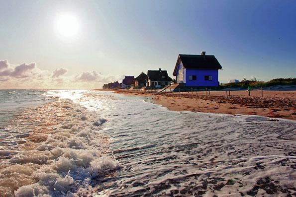 """Fast noch ein Geheimtipp ist die Landzunge """"Graswarder"""" mit ihren historischen Strandvillen. (Foto: Oliver Franke)"""