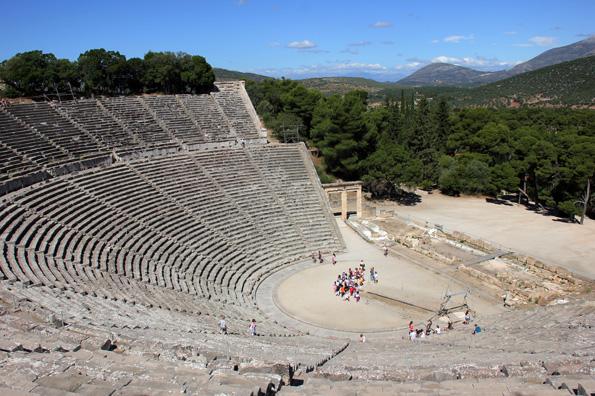 Gilt als best erhaltenes Amphitheater der antiken Welt: Epidaurus. (Foto: Karsten-Thilo Raab)