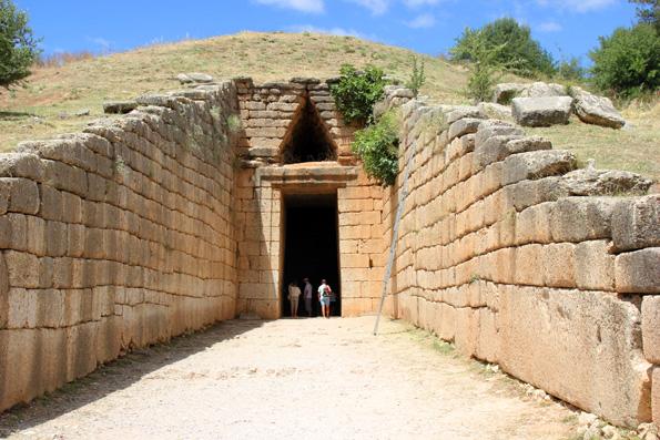 Einer der Prachtbauten des Weltkulturerbes Mykene: Das Schatzhaus des Atreus . (Foto: Karsten-Thilo Raab)