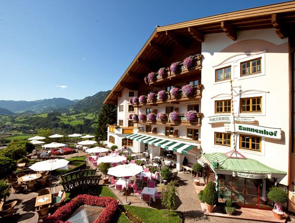 Idyllisch gelegen und bestens ausgestattet: das Superior Hotel Tannenhof.