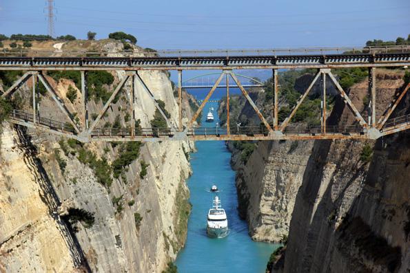 Ein Meisterwerk der Ingenieurbaukunst: Der Kanal von Korinth. (Foto: Karsten-Thilo Raab)