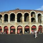Diven unterm Sternenhimmel – Opern-Vergnügen in Veronas historischer Arena