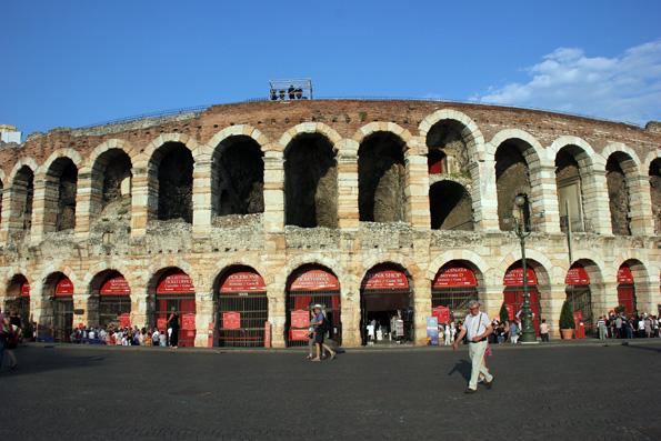 Die Verana die Verona gilt als das drittgrößte römische Amphiteheater der Welt. (Foto: Ulrike Katrin Peters)