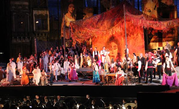 Die Opern-Spektakel dauern in der Regel mehr als vier Stunden, sind gleichwohl aber ein überaus kurzweiliges Vergnügen. (Foto: Ulrike Katrin Peters)