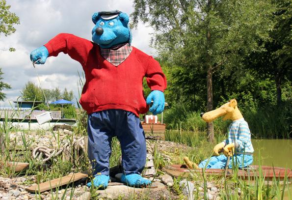 Zwei der vielen Kinder-Stars im Ravensburger Spieleland: Käpt'n Blaubär und Hein Blöd. (Foto: Karsten-Thilo Raab)
