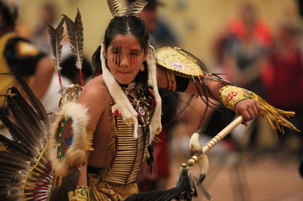 Nicht nur beim jährlichen Pow-Wow-Festival in Wendake leben die alten Traditionen der Huronen auf.