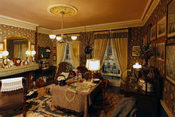 Das Holmes Museum in Meiringen lässt die Romanwelt lebendig werden. (Foto Udo Haafke)