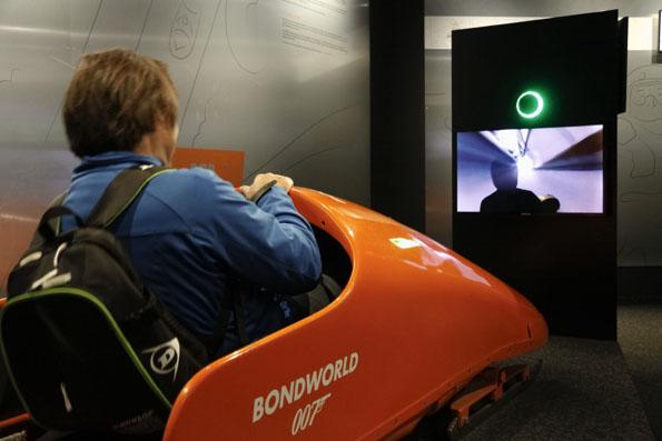 In der Bond-World können 007-Fans dem Roman- und Leinwandhelden nacheifern. (Foto: Udo Haasfke)