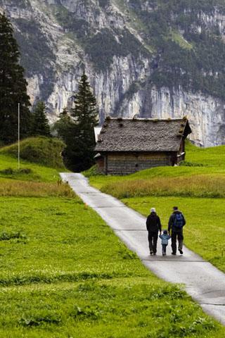 Rund um Mürren finden sich zahlreiche herrlich angelegte Wanderwege. (Foto: Udo Haafke)