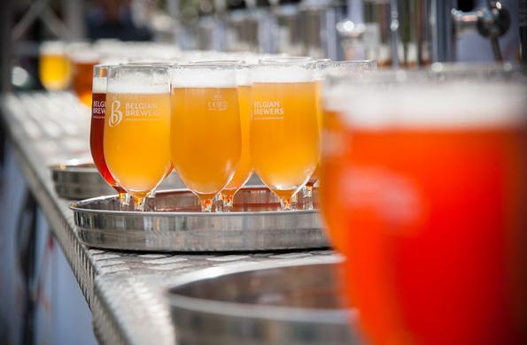 50 Brauereien präsentieren beim Belgian Beer Weekend in Brüssel eine Auswhal der besten Biere des Landes. (Foto:  Lander Loeckx)