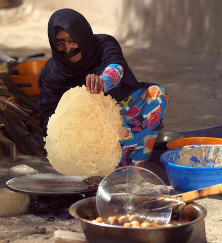 Auch die Küche und Essgewohnheiten im Emirat  sind Thema während des Festivals in Al Ain.