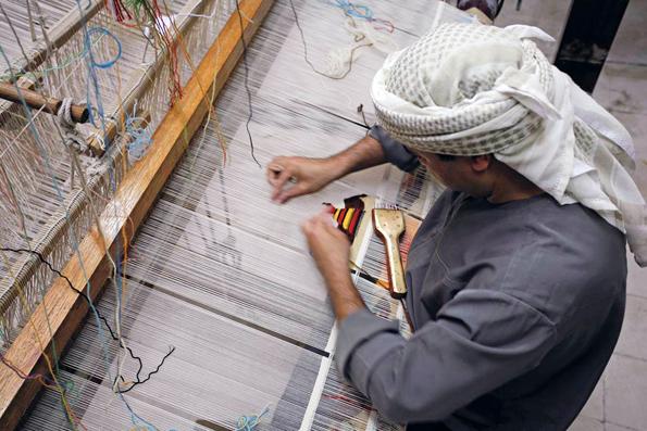 Traditionelles Handwerk wird im Oktober in der Oasenstadt Al Ain in den Fokos gerückt.