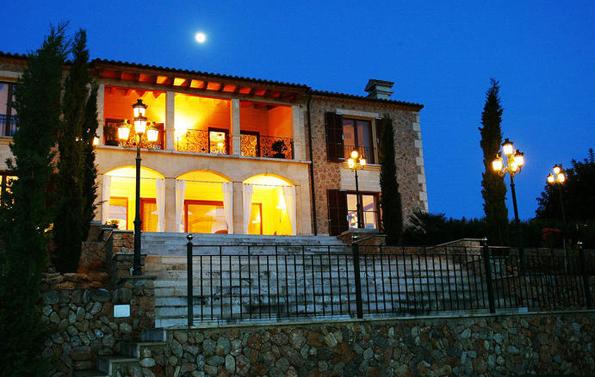 Es gibt sie noch auf Mallorca: Famose Traumhäuser wie hier in Santa María del Camí.
