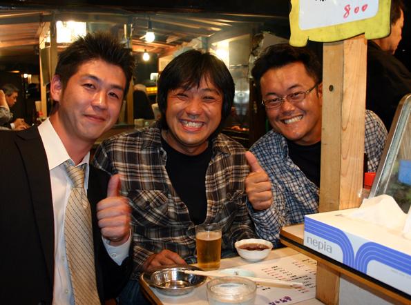 Die Imbissstände im japanischen Fukuoka sind Treffpunkt und Kontaktbörse zugleich. (Foto: Karsten-Thilo Raab)