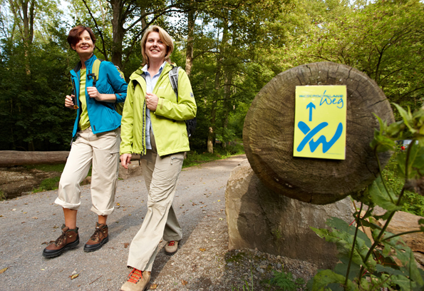 Dank eines kostenfreien Wandertourenplaners ist der Weserbergland-Weg nun noch leichter auf Schusters Rappen zu erforschen. (Foto: Markus Gloger)