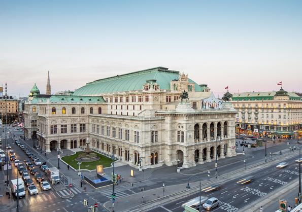 Einer der vielen Prachtbauten entlang der Wiener Ringstraße: Die Staatsopper. (Foto: Wien Tourismus)