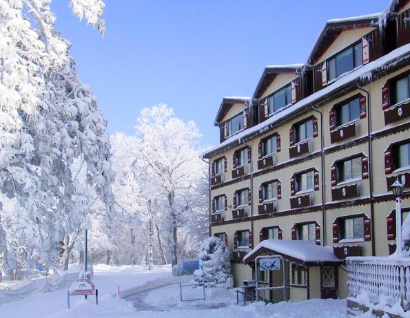 Wintertraum am Mississippi: das Chestnut Mountain Resort - Lodge im Winter 1 - Foto Chestnut Mountain Resort.