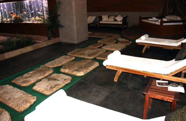 Perfekt zum Entspannen: der wellnessbereich des Kempinski Hotel Badamdar. (Foto: Karsten-Thilo Raab)
