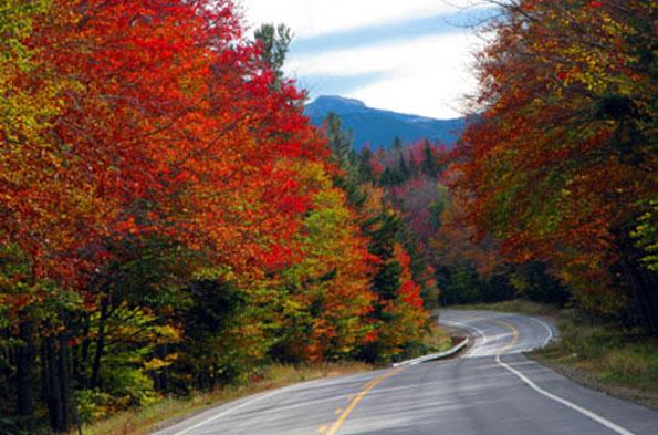 Unterwegs auf dem Kancamagus Highway in New Hampshire (Foto Ellen Edersheim)