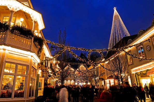 Auch der Vergnügungspark Liseberg ist ganz auf Weihnachten eingestimmt. (Foto: Goran Assner)
