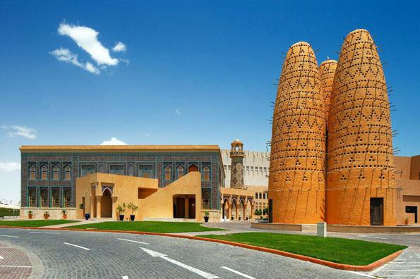 Die wichtigste kulturelle Drehscheibe in Doha ist fraglos das 2010 eröffnete Katara - ein Zentrum für Kunst und Kultur von internationalem Rang.