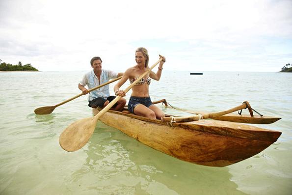 Abseits des Vaka Eiva Festival lässt sich auf den Cookinseln auch auf entspante Art und Weise eine Bootstour unternehmen.