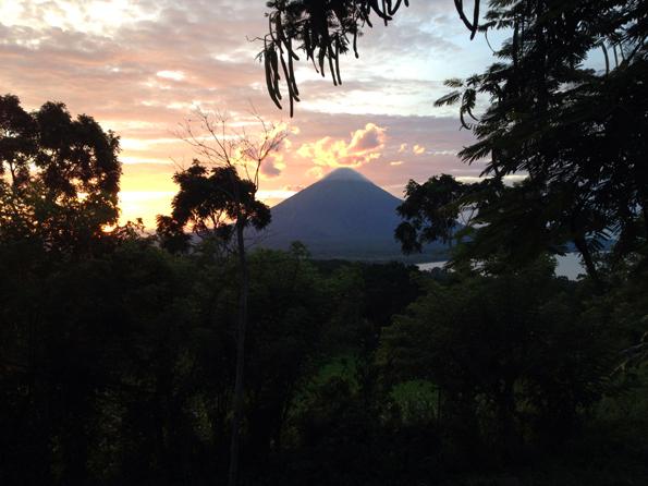 Markanter Vulkankegel und der höchste Berg in Nicaragua: (Foto Aran Son)