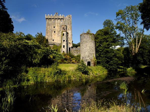 Malerisch gelegen: die Reste des sagenumwobenen Blarney Castles.