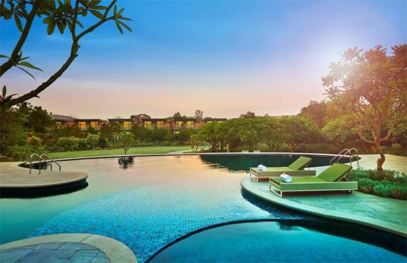 Luxus vor den Toren von Neu Delhi: das neue he Gateway Damdama Lake Resort Gurgaon. (Foto Taj Hotels)