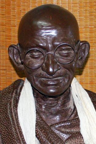 Mehr als zwei Jahrzehnte lebte Mahatma Gandhi in Südafrika. Eine neue Route zeichnet seinen Weg dort nach. (Foto Karsten-Thilo Raab)