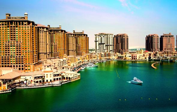 Einer der Vorzeigeplätze in Doha: der Pearl Harbour, der Perlenhafen.