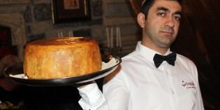 Dolma, Pilaw und Baklava – ein kulinarischer Streifzug durch Aserbaidschan
