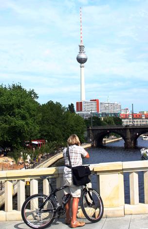 Deutschlands höchstes Gebäude: Der Berliner Fernsehturm. (Foto Karsten-Thilo Raab)