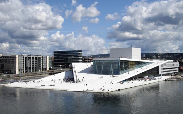 Oslos neuer Musentempel: Das ultramoderne Opernhaus. (Foto Christopher Hagelung)
