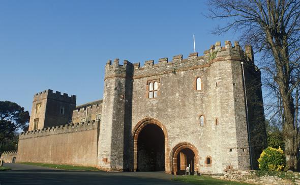 Torre Abbey, im Jahre 1196 gegründet, gehört zu den Landmarken von Torquay. (Fotos Visit Britain)