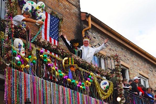 Begeleitet wird die Parade durch New Orleans stets von zahlreichen Prominenten. (Foto NO CVB)
