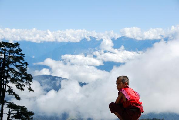 Nicht nur in den Hochlagen des Himalayas eröffnen sich in Bhutan traumhafte Ausblicke. (Foto Katharina Hoyer/Pixelio)