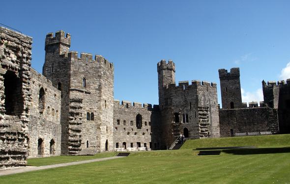 Ein überaus geschichtsträchtiger Ort: Caernarfon Castle. (Foto Karsten-Thilo Raab)