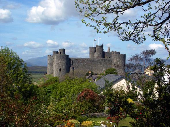 Stolz einer ganzen Region: Das majestätisch anmutende Harlech Castle. (Foto Karsten-Thilo Raab)
