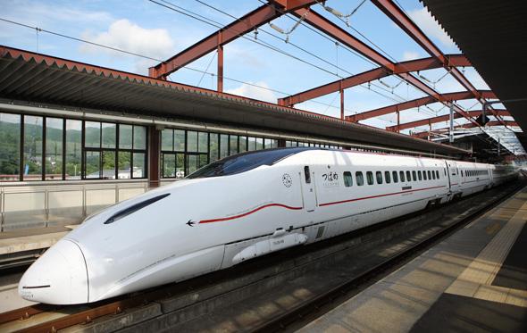 Der Hochgeschwindigkeitszug Shinkansen verbindet ab Mitte März Tokio mit Kanazawa. (Foto JNTO)