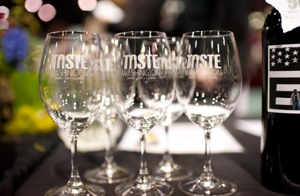 """Beim """"Taste Washington"""" Ende März in Seattle kommen Wein- und Genussliebhaber voll auf ihre Kosten. (Foto Kristen Marie)"""